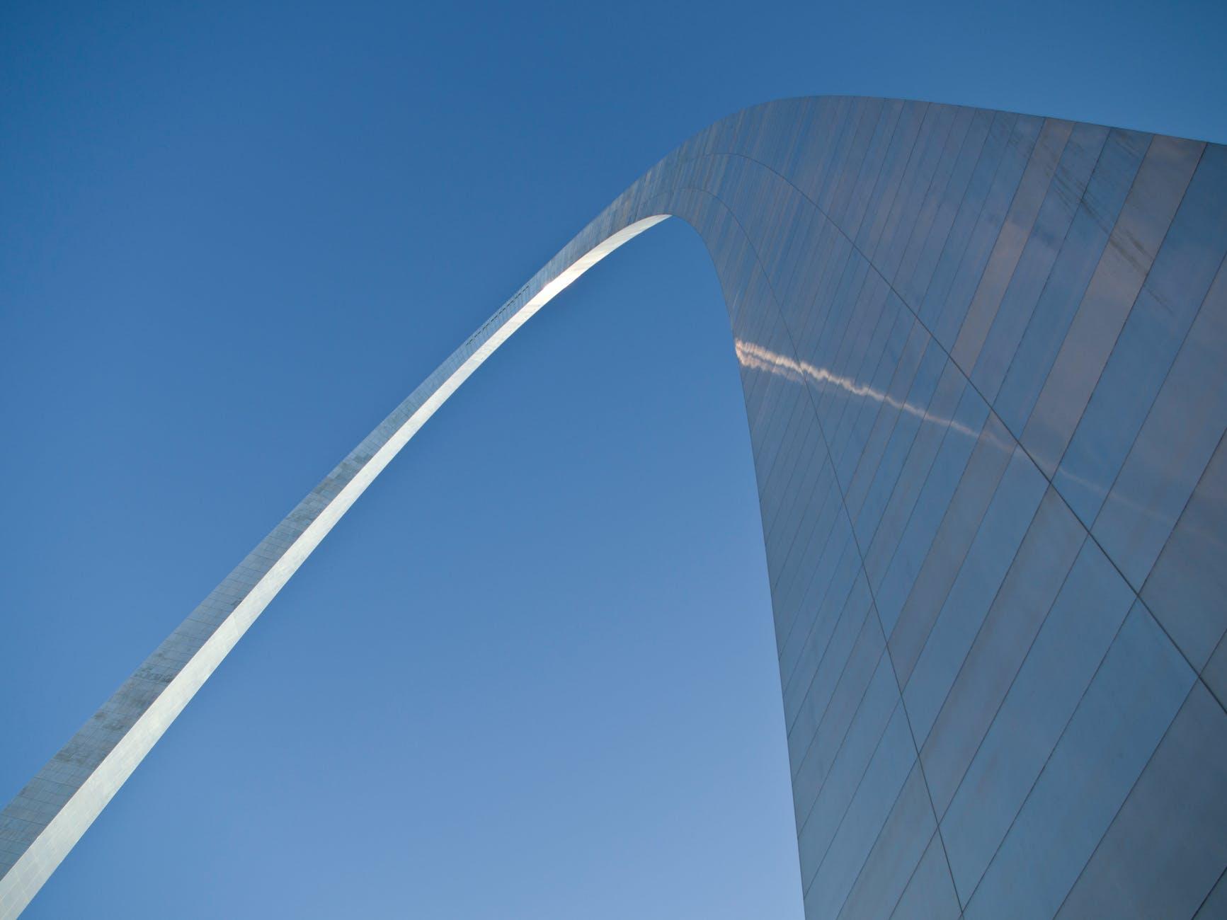 sky monument arch saint louis
